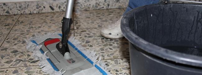 Treppenhausreinigung - HaGeh mess Reinigungsgesellschaft
